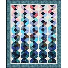 FREE Robert Kaufman Watercolor Blossoms Dutch Braid Pattern