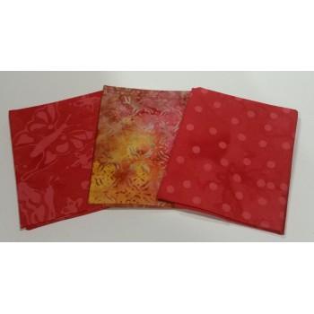 Three Anthology & Batik Textiles Batik Fat Quarters 338A - Pink/Orange Tones